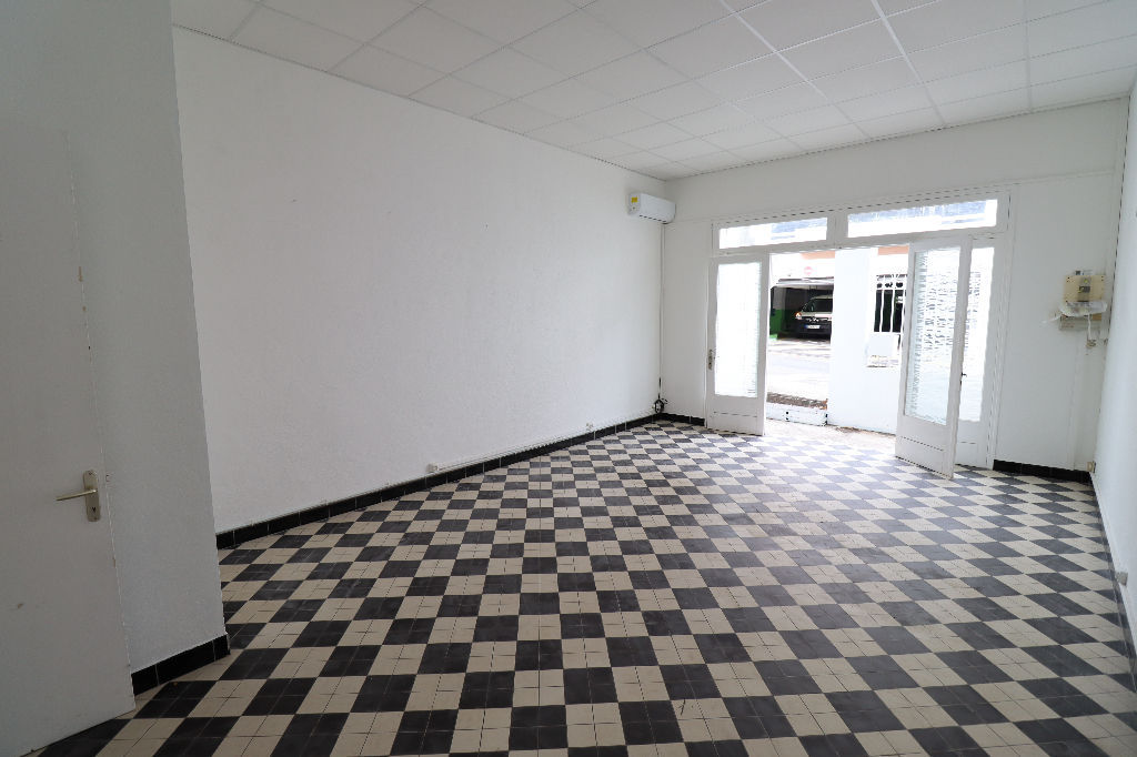 A LOUER - Saint-Denis - Local commercial de 37 m2